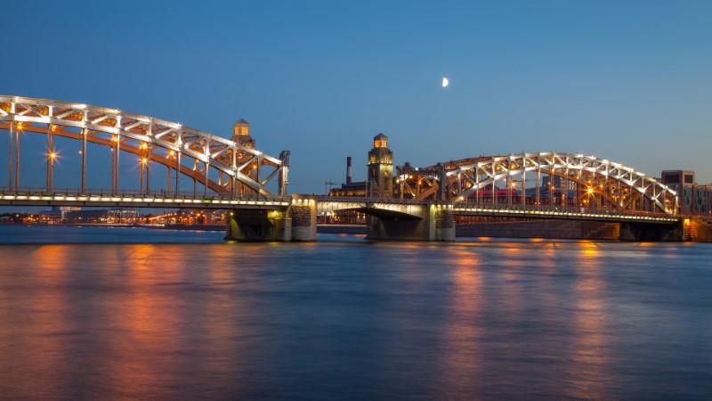 Sankt Petersburg noču